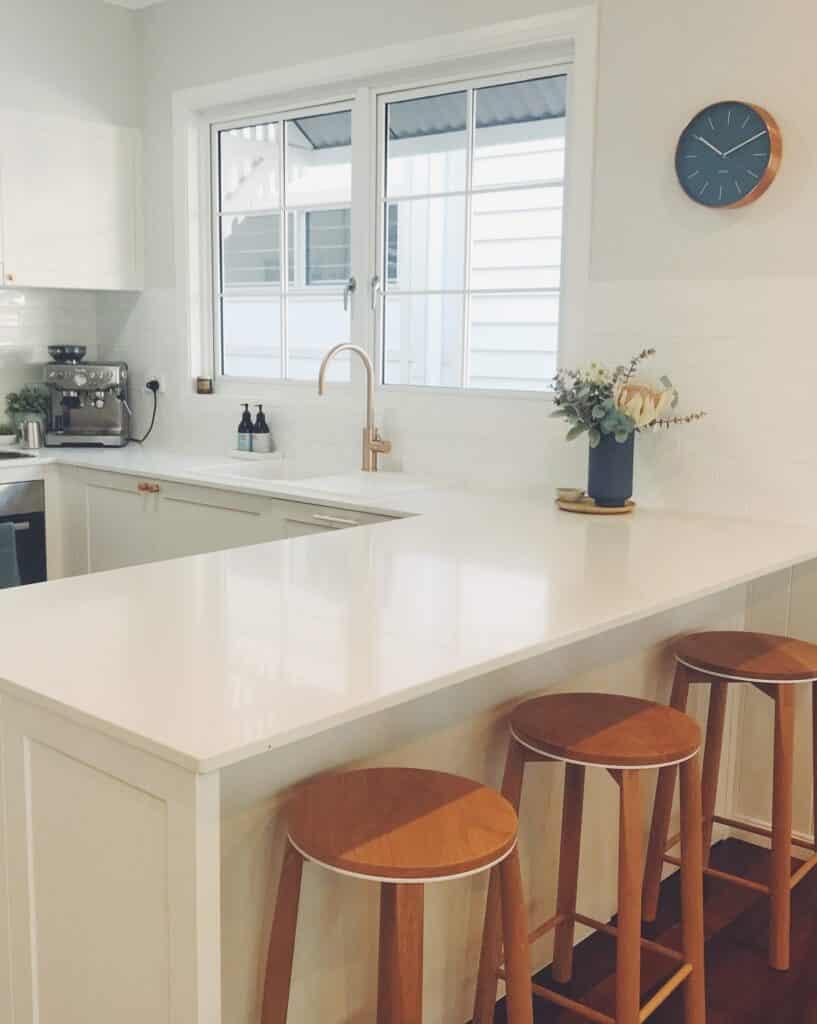 U-shape small kitchen