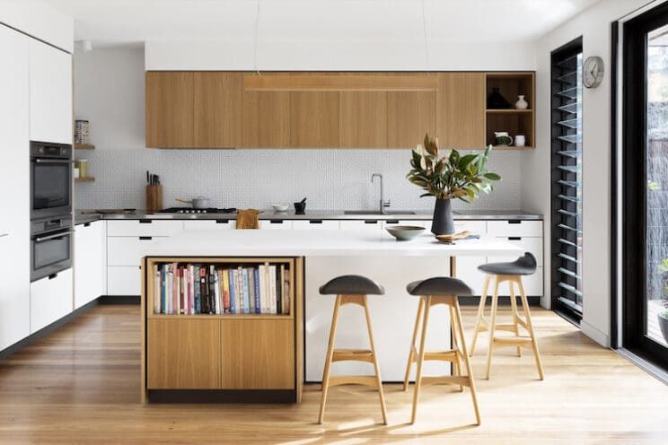 Kitchen Island With L-Shaped Seating
